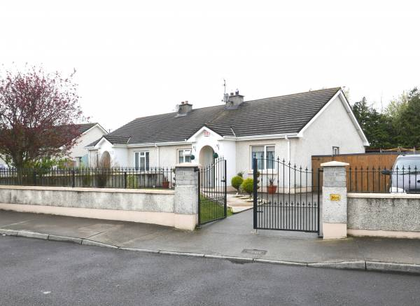 Derrymore, Portarlington, Co. Laois.