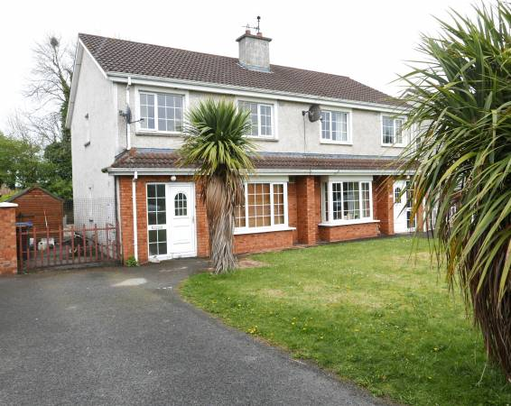 40 Pine Villa, Portarlington, Co Laois.