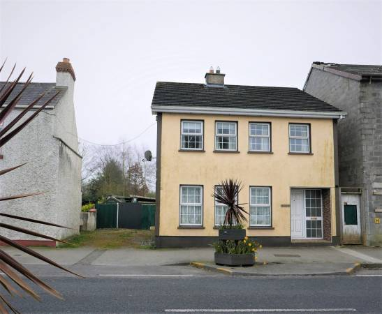 44B Bracklone Street, Portarlington, Co. Laois.