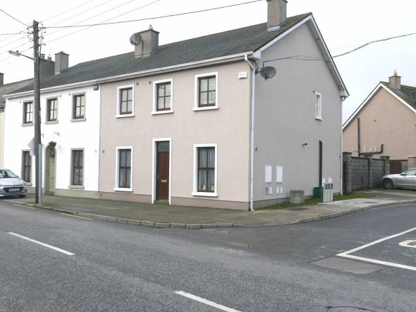 Spacious 4 Bed - Patrick Street, Portarlington, Co. Laois.